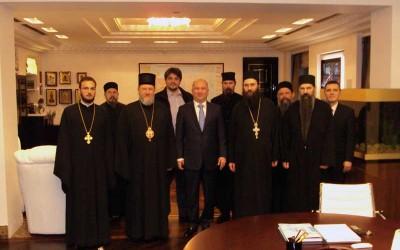Хиландарска делегација са Ненадом Поповићем у Москви