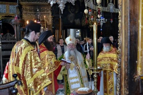 Епископ Хризостом у посети Хиландару и Светој Гори