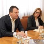 Председник Мировић уручио решење о помоћи манастиру Хиландар
