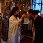 Два официра: јеромонах Павле сабрат хиландарске келије Маруда, некадашњи официр Грчке и јеромонах Доситеј Хиландарац некадашњи официр СРЈ