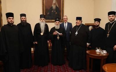 Патријарху српском дароване мошти Св. Иринеја Лионског