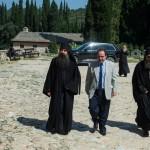 Нови гувернер Свете Горе у посети Хиландару
