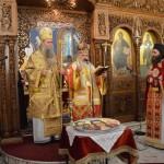 Сабор Светитеља неапољских и икона Тројеручица (11)