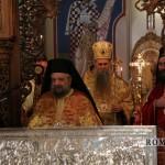 Сабор Светитеља неапољских и икона Тројеручица (39)