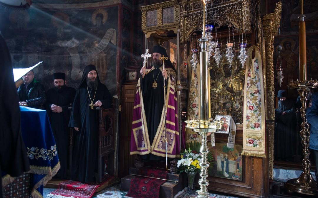 Хиландарско братство прославило храмовну славу – Ваведење Пресвете Богородице