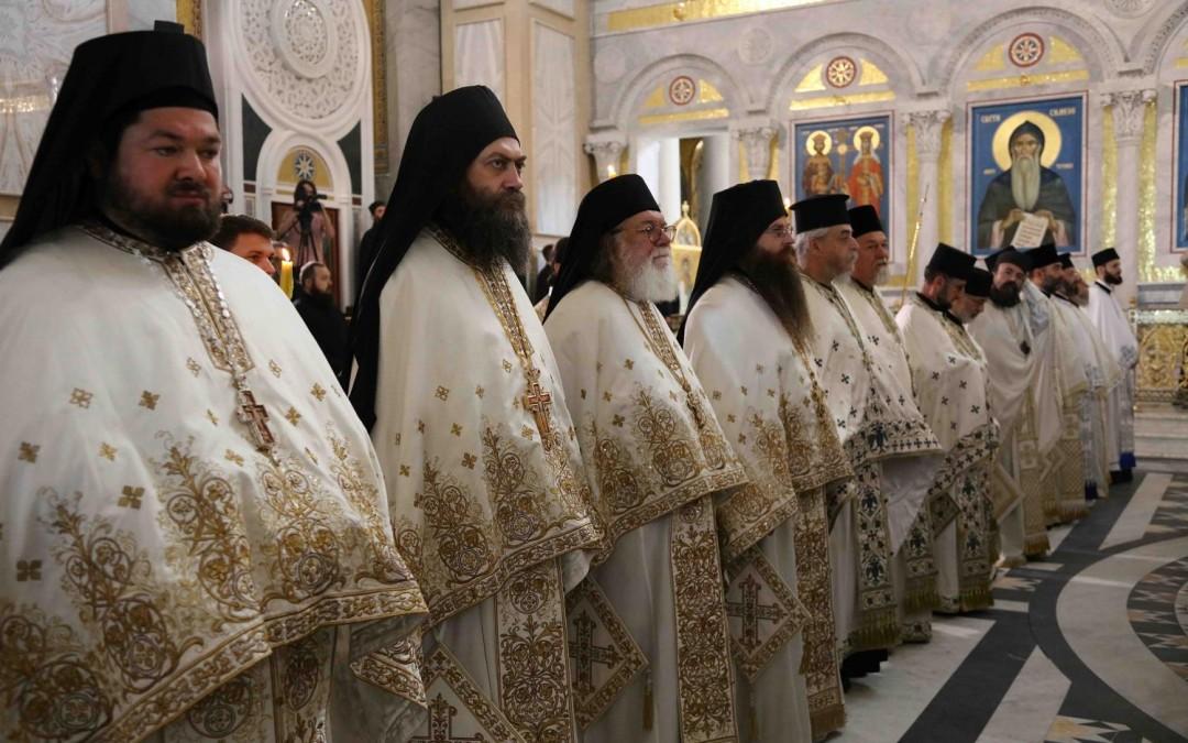 Игуман Методије саслуживао на хиротонији Епископа Јеротеја